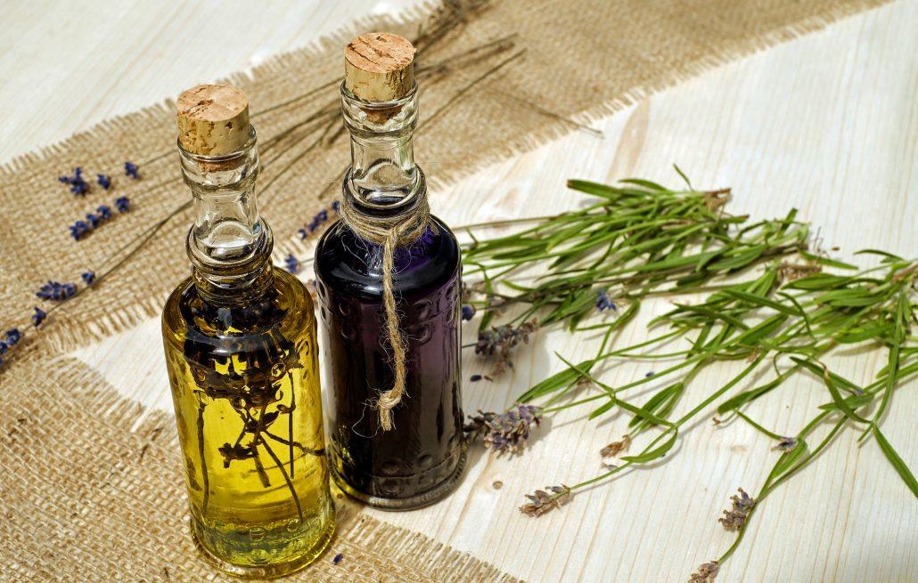 Essential oils & botanicals